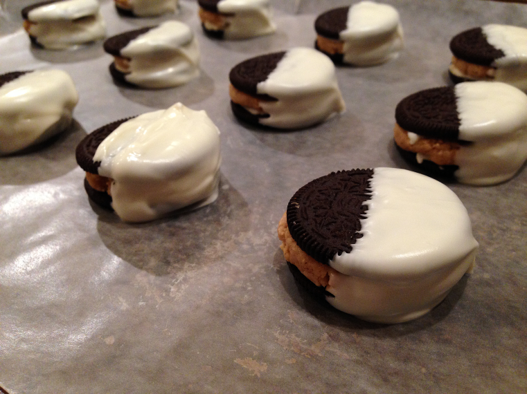 Oreo Reese's - Drying cookies