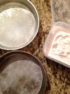 Cake Tip 2 - flour lined pans