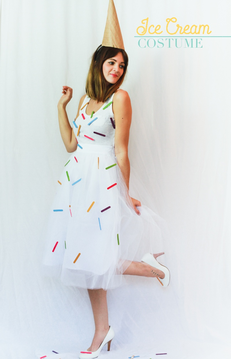Fri-DIY: Cute DIY Halloween Costumes - Bunny Baubles