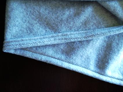 DIY Pom Pom Blanket by Bunny Baubles 3