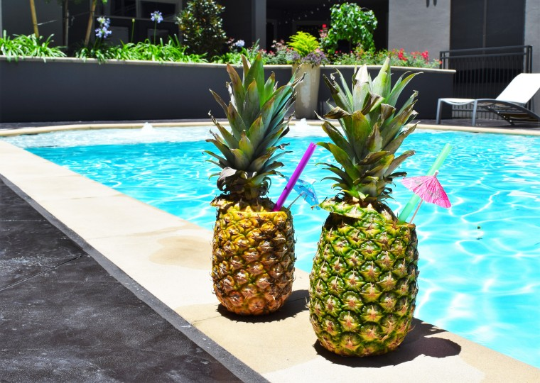 DIY Daiquiris in Pineapple Cups by Bunny Baubles 6
