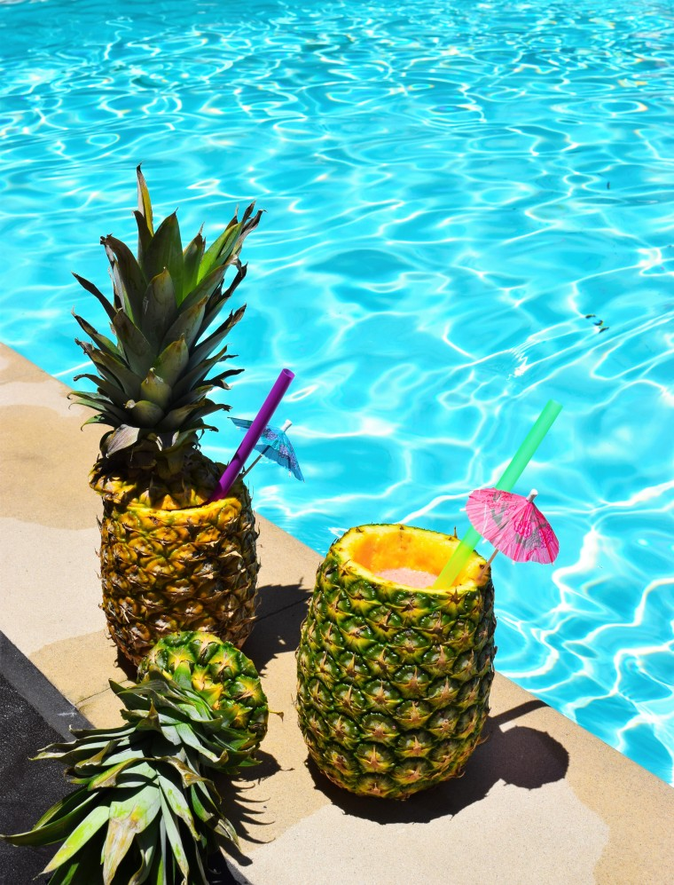 DIY Daiquiris in Pineapple Cups by Bunny Baubles 7