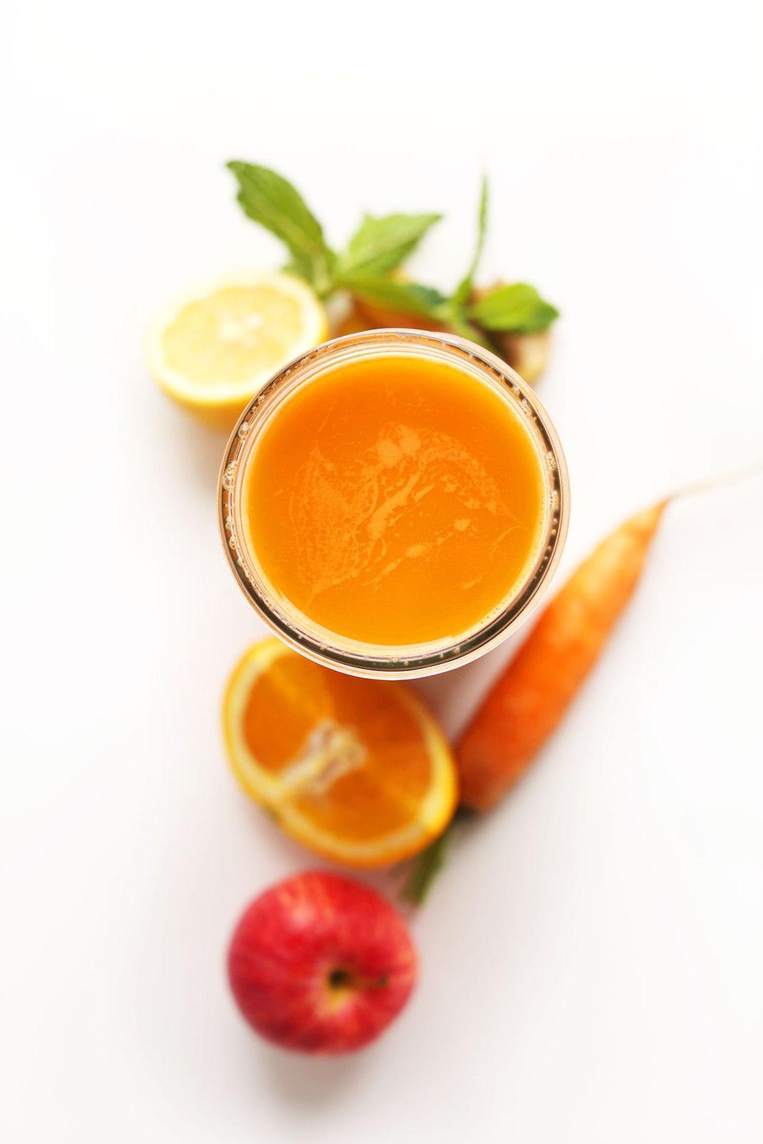 carrot-apple-nectarine-minimalistbaker
