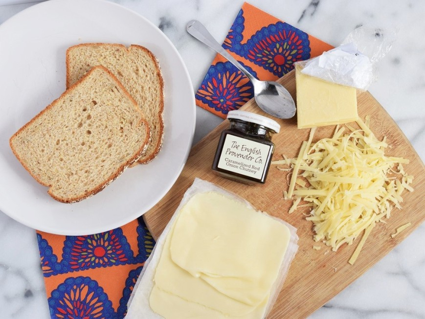 grilled-cheese-with-caramelized-onion-chutney-by-bunny-baubles-1
