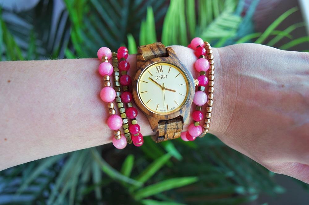gold-and-rose-quartz-bracelet-diy-by-bunny-baubles-6