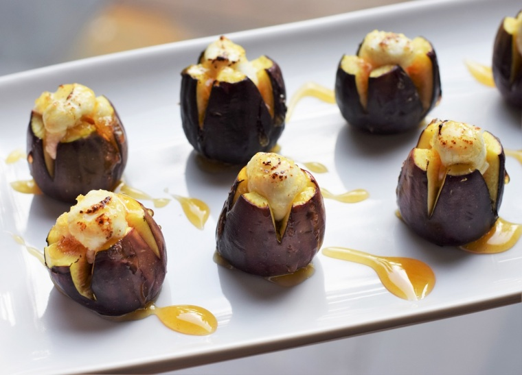 honey-drizzled-goat-cheese-stuffed-figs-by-bunny-baubles-1