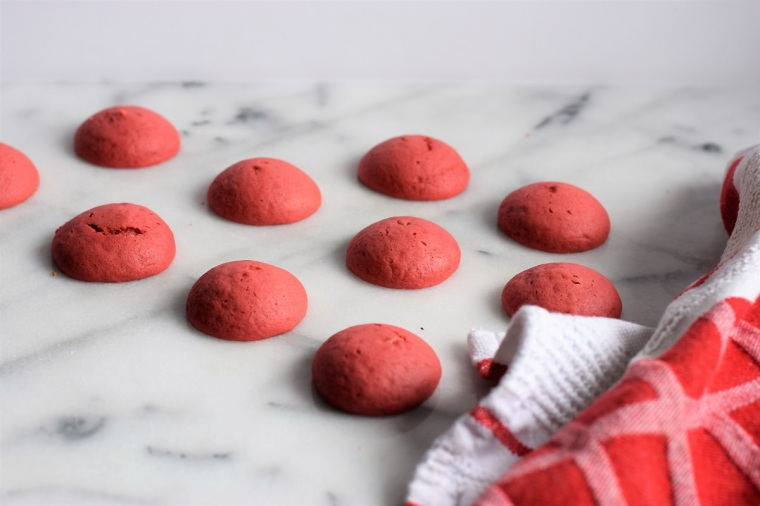 christmas-santa-mini-whoopie-pies-by-bunny-baubles-1