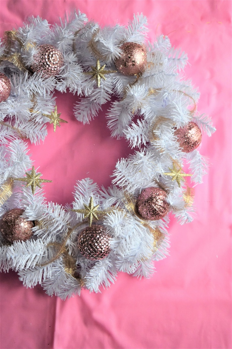 diy-blush-and-gold-wreath-by-bunny-baubles-4