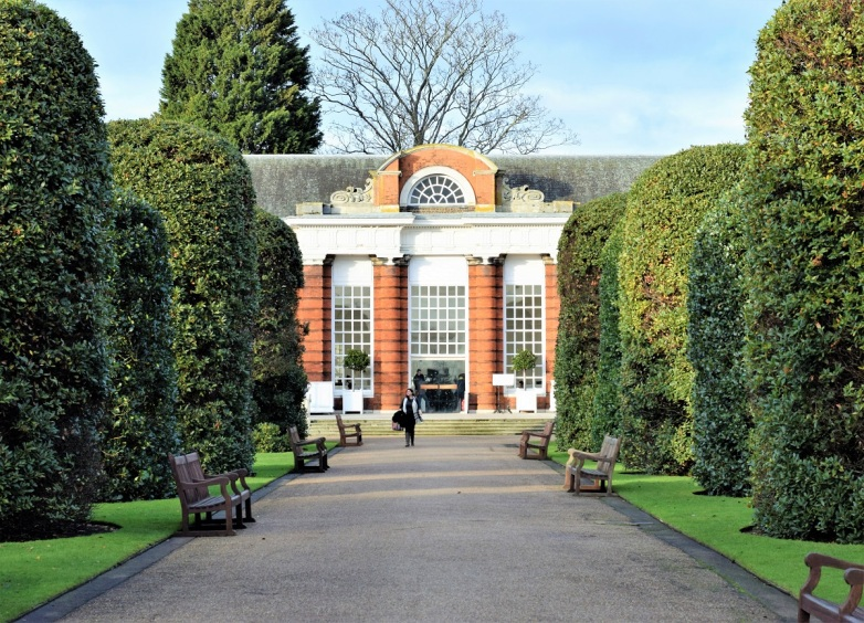 london-travel-tips-by-bunny-baubles-blog-the-orangery-1