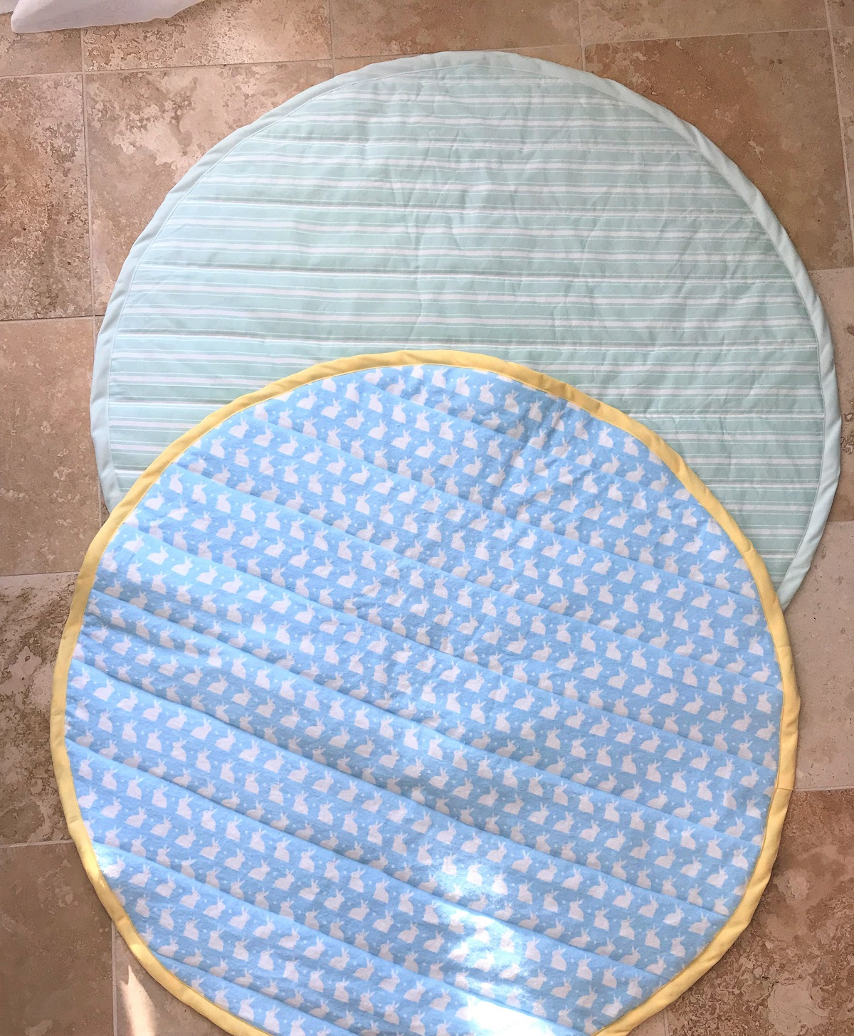 DIY Quilted Baby Play Mat Sewing Tutorial – Bunny Baubles : quilted play mat baby - Adamdwight.com