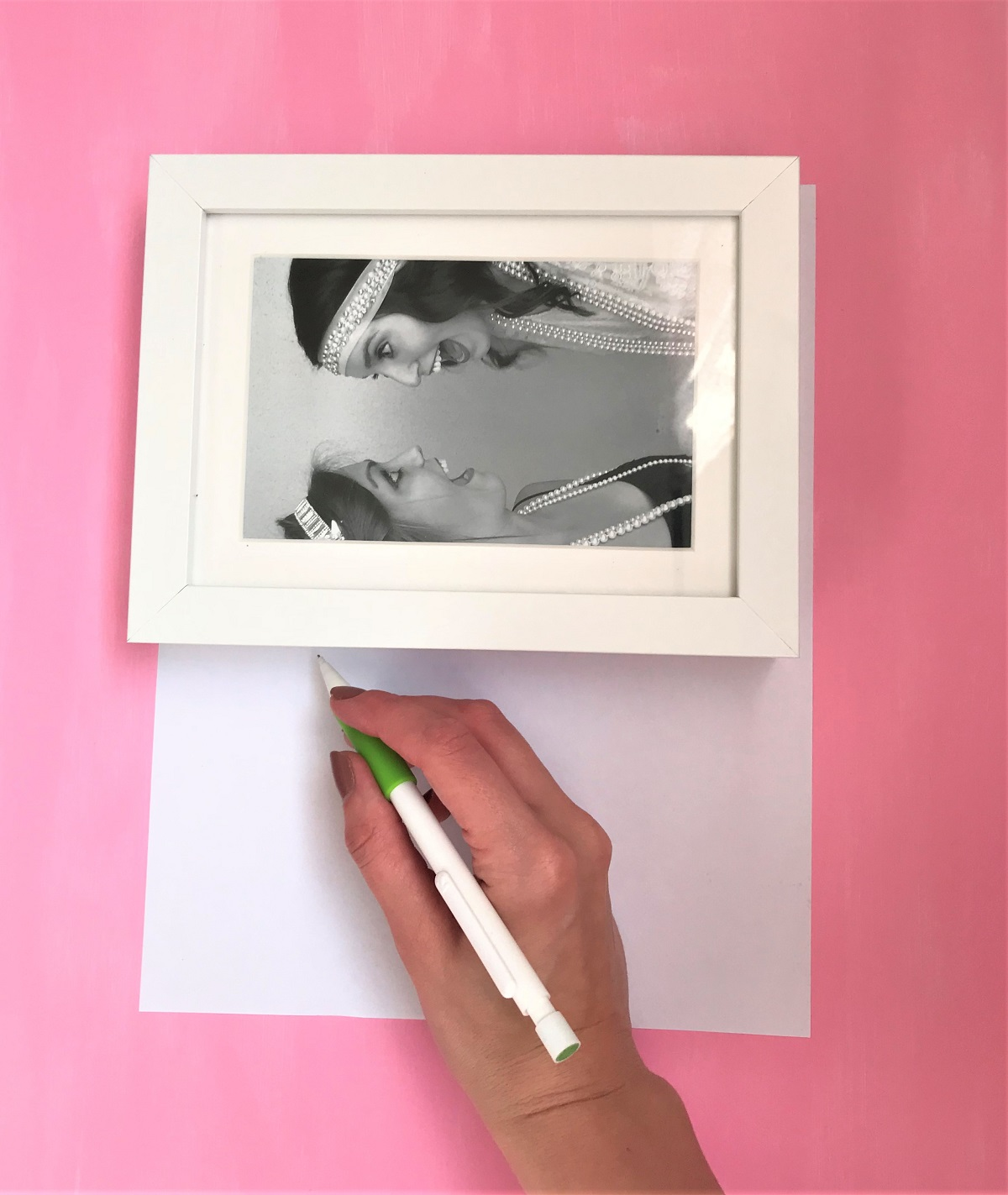 How to Make a Gallery Wall in 3 Easy Steps – Bunny Baubles